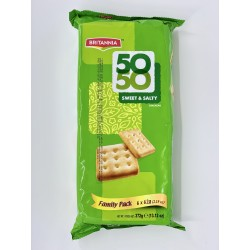 Britannia 50-50 Sweet and Salty Family Pack 372g